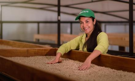 E005 Serie Caficultores Siglo XXI / Las nuevas mujeres del café