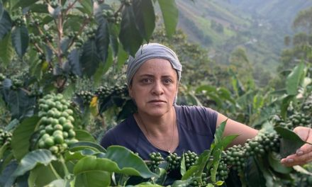 E016 / PROTAGONISTAS / ASTRID MEDINA, PLANADAS, TOLIMA, COLOMBIA